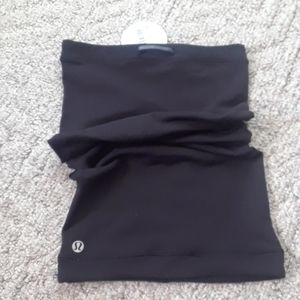 Lululemon neck warmer